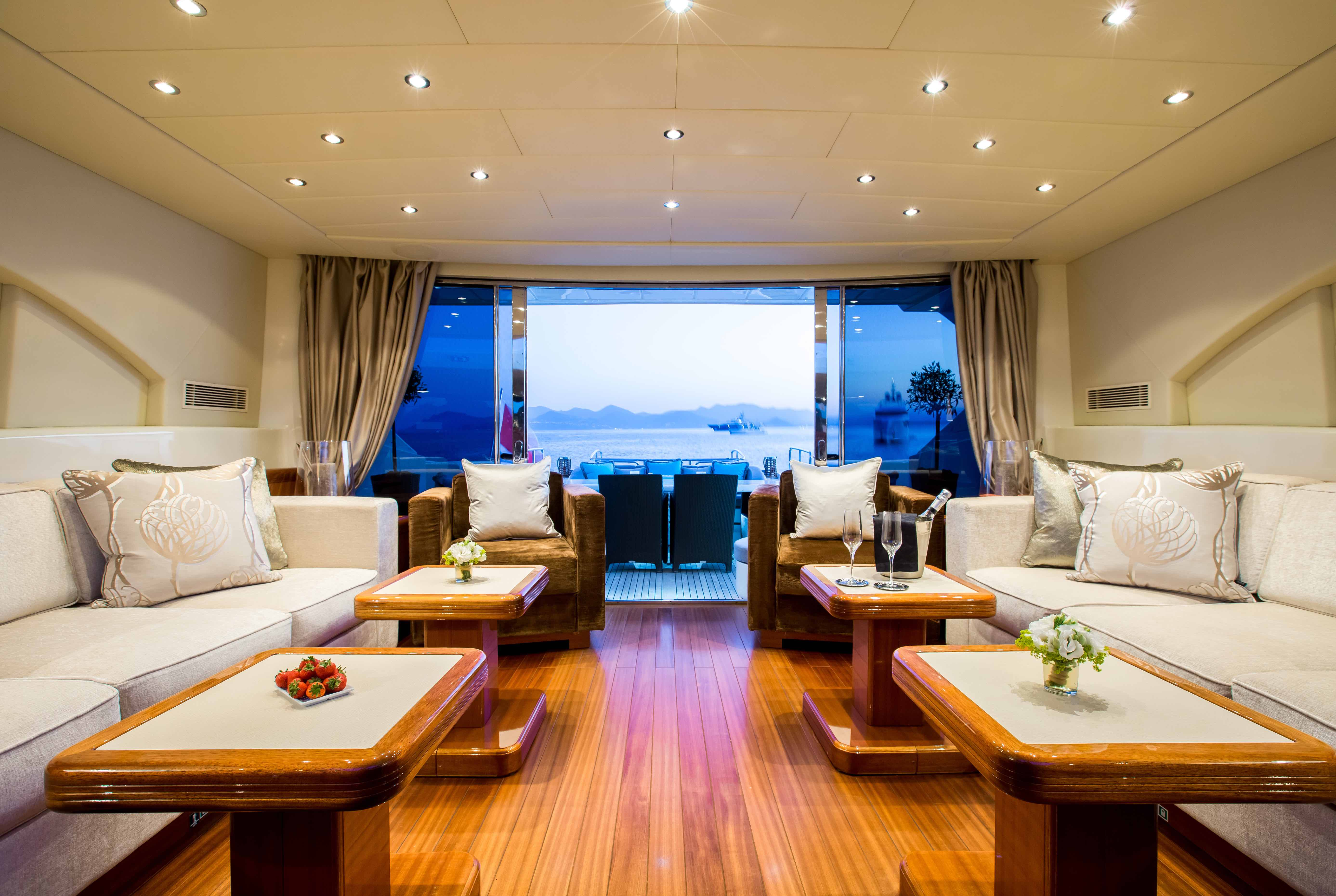 Hercules - Yacht for charter - salon